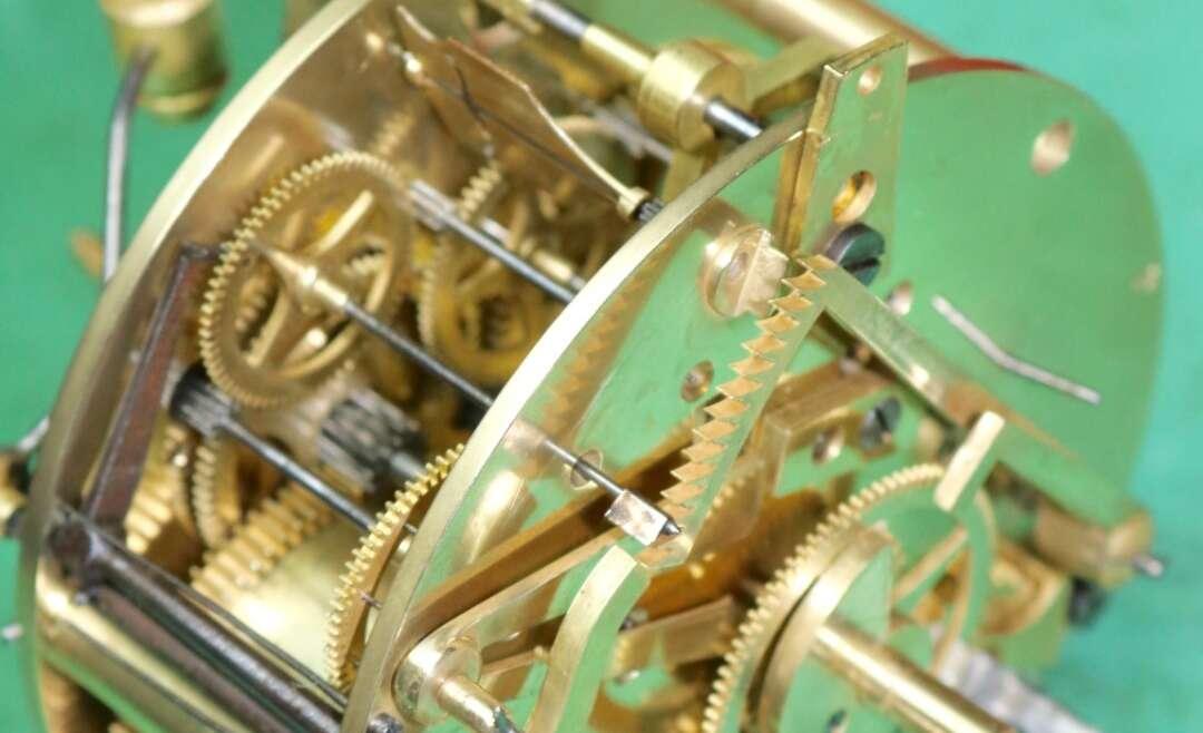 Morden quartz clock repairs